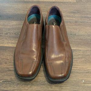 Men's Clark's slip on dress shoes